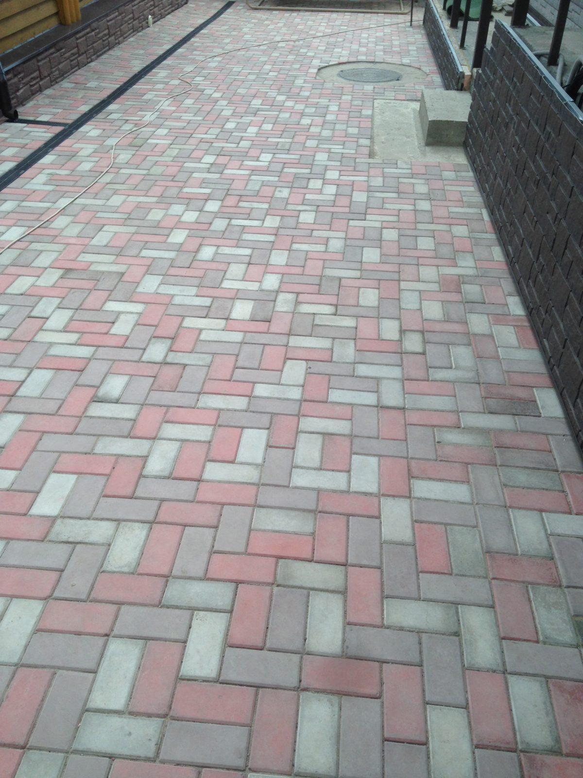 IMG 2852 09 11 17 10 13 1 1200x1600 - Тротуарная плитка (брусчатка)