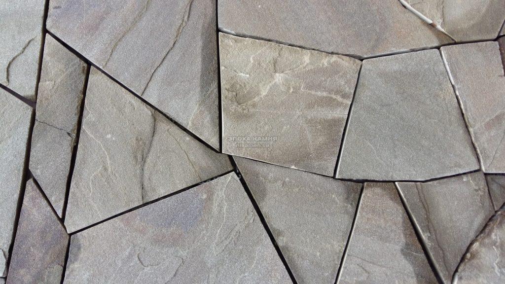 Кварцит ( Златолит ) искристо-черный